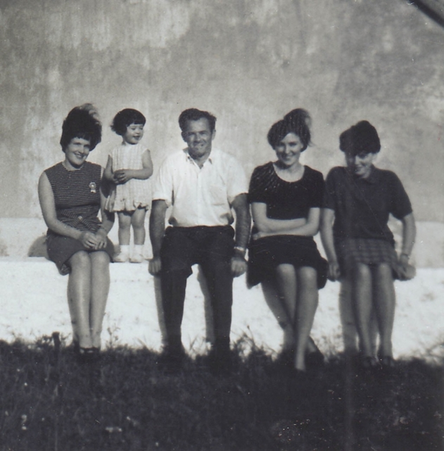 Carmel, baby Sheila, Jack Coyle & two other women. 1966